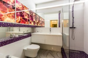 bathroom with dune ddesigns