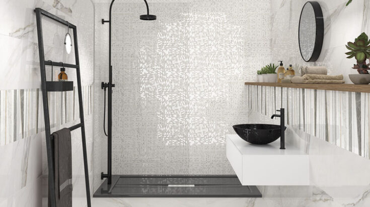 Combination of tiles for small bathrooms