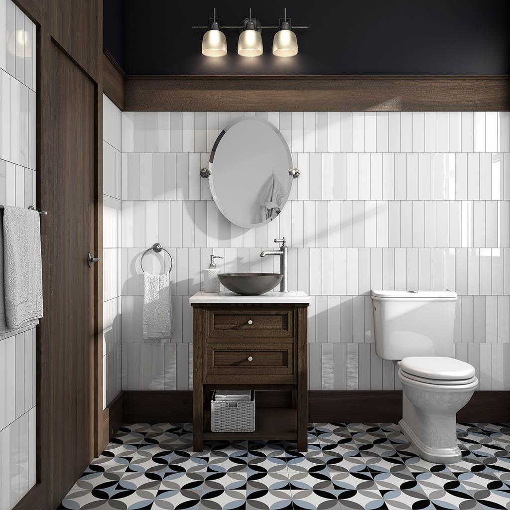 Combinación azulejos blanco y negro en baño pequeño
